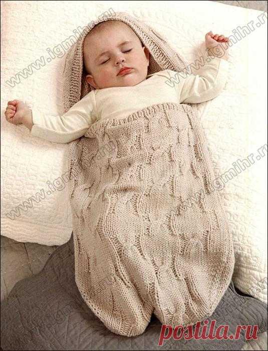 Спальный мешок из мягкой шерсти для сладких снов малыша. Спицы.