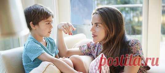 """Человека во многом формирует окружение. Друзья могут повлиять на его жизненные принципы, поведение и многое другое. Естественно, родителей беспокоит вопрос — с кем водится их ребенок. А если он пока не обрел друга, то как помочь ему в этом? Как научить выбирать """"своих"""" людей и не терять связи с ними? #родителям #психологияобщения #детскаяпсихология #дружба"""