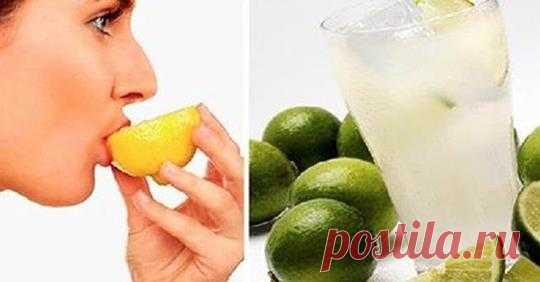 Правильно ли вы пьете воду с лимоном? Оказывается, многие совершают одну, и ту же ошибку - Все самое интересное! Вода с лимоном не только утоляет жажду лучше, чем любой другой напиток,...