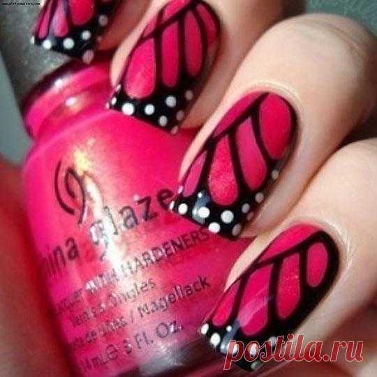 На крыльях бабочки
