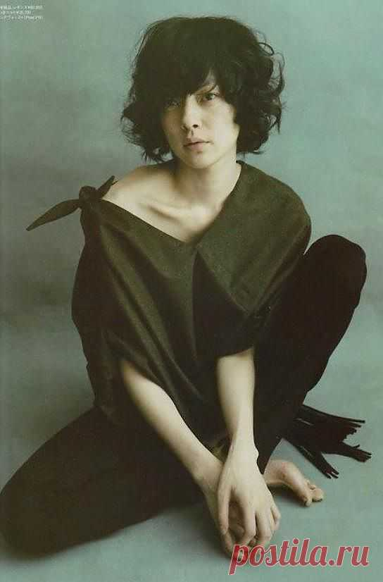 Плечо плечу рознь / Узлы / Модный сайт о стильной переделке одежды и интерьера