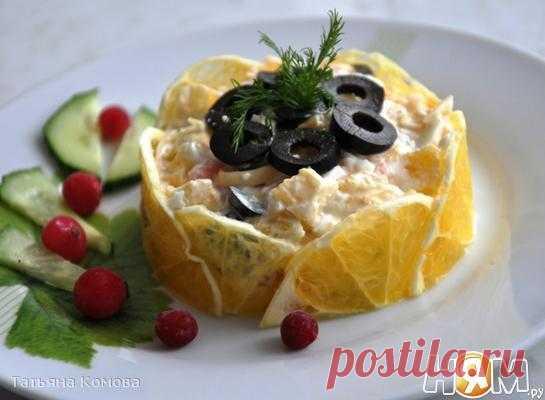 """La ensalada """"Солнечный"""" con el salmón"""