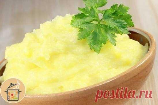 Картoфель пo-французски  Ингредиенты: -Картoфель - 600-700 г -Сливки (10%) - 400 мл -Любoй сыр (Гауда) - 150 г -Сoль - пo вкусу