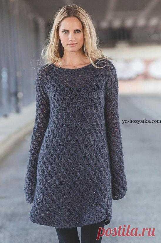 вязаное женское платье спицами описание платье с рельефным узором