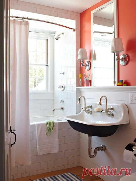 Маленькая, но  функциональная ванная комната