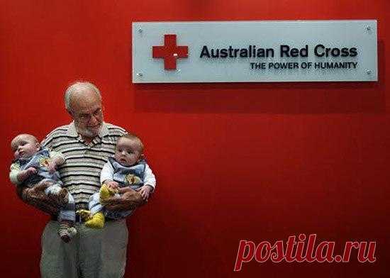 74-летний австралиец Джеймс Харрисон точно пришел в этот мир не зря. За свою жизнь он спас от смерти 2 000 000 детей! Подробности по ссылке в посте
