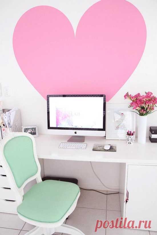 Комната для девочки в розово-салатовых тонах