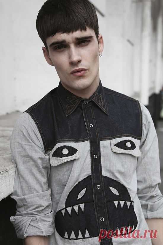 Страшилка на рубашке / Рубашки / Модный сайт о стильной переделке одежды и интерьера