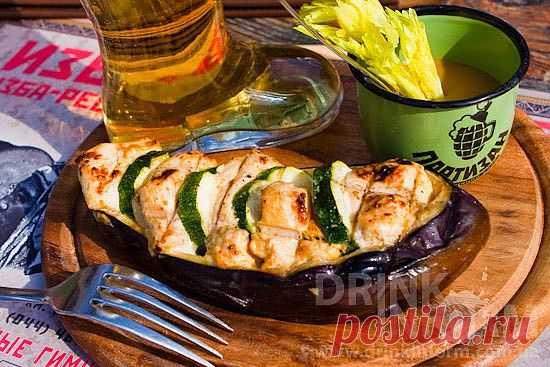 Куриное филе в баклажане. Рецепт для пикника.