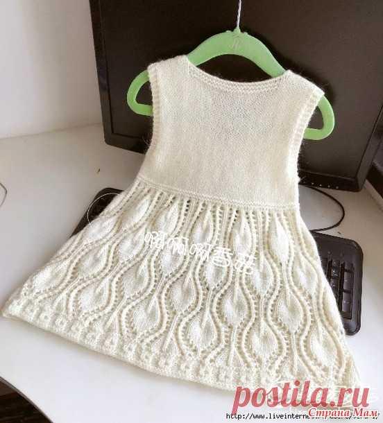 6a52b345ba1 Белое платье спицами - Вязание для детей - Страна Мам