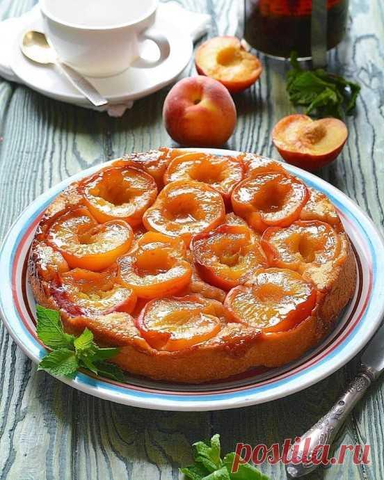 Тарт-татен с персиками