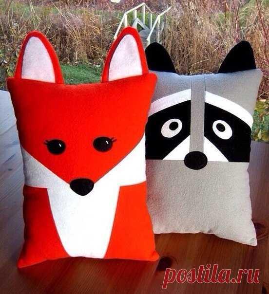 Los juguetes-almohadas entretenidos. Las ideas para la inspiración