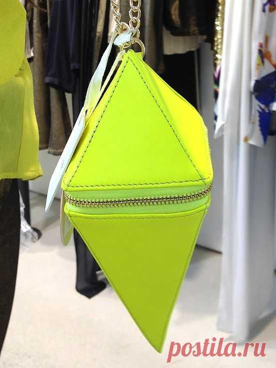 Неоновый ромб / Сумки, клатчи, чемоданы / Модный сайт о стильной переделке одежды и интерьера