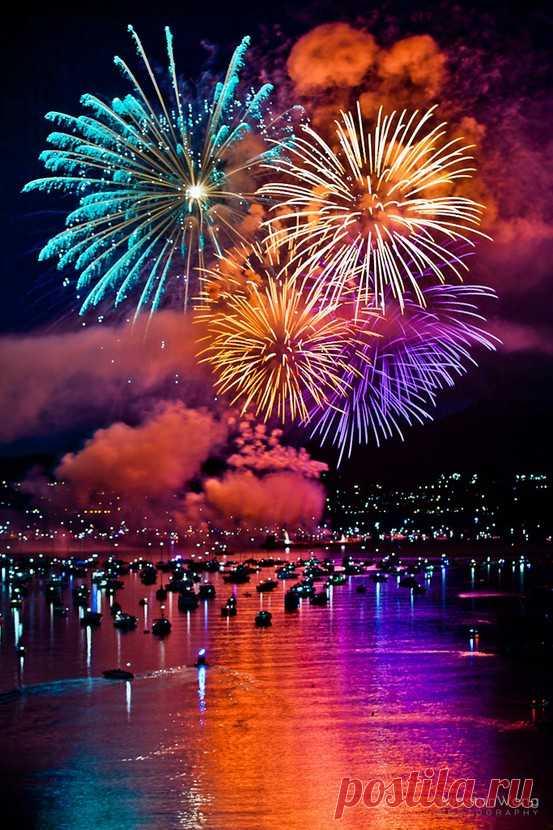 Праздник цвета! Международный фестиваль фейерверков. Ванкувер, Канада
