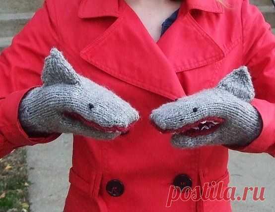Варежки - акулы / Вязание / Модный сайт о стильной переделке одежды и интерьера