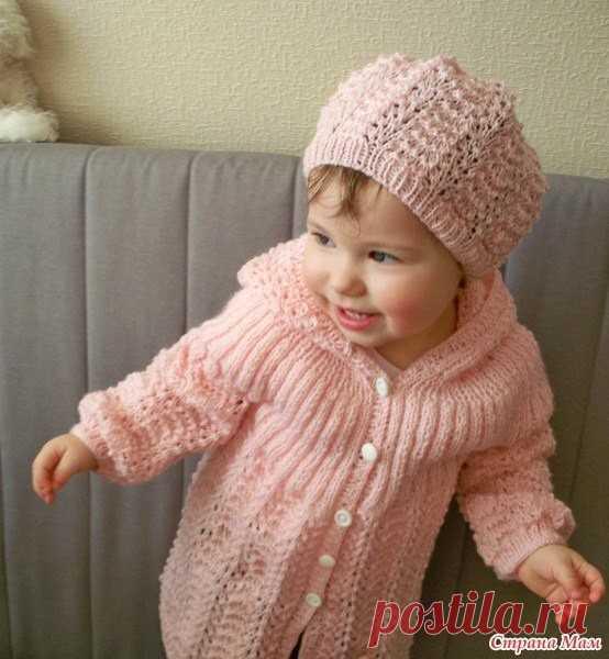 Милый кардиган и шапочка для девочки (Вязание спицами) | Журнал Вдохновение Рукодельницы