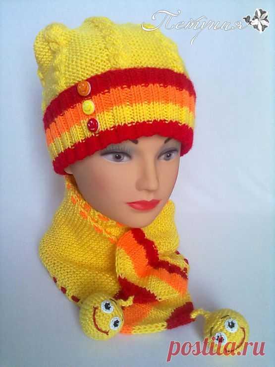 "Gallery.ru / комплект ""Улыбка"" - шапки, шляпки (продолжение...) - natapetunia"