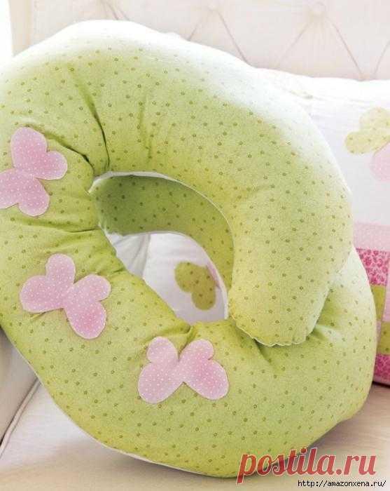 Шьем подушку для кормления малыша. Выкройка и маленький мастер-класс.