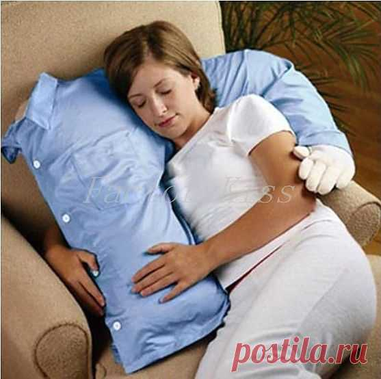 """Подушка """"Объятия любимого"""" с Ebay. Мило и только"""