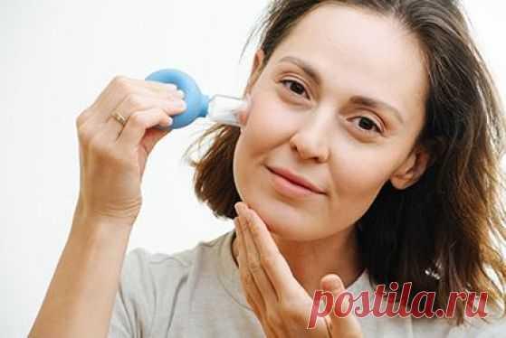 Как подтянуть лицо с помощью баночного массажа
