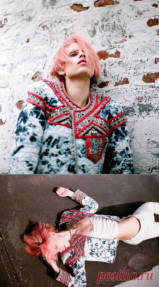 """Телогрейка из """"вареной"""" джинсы, расшитая бисером / Декор / Модный сайт о стильной переделке одежды и интерьера"""