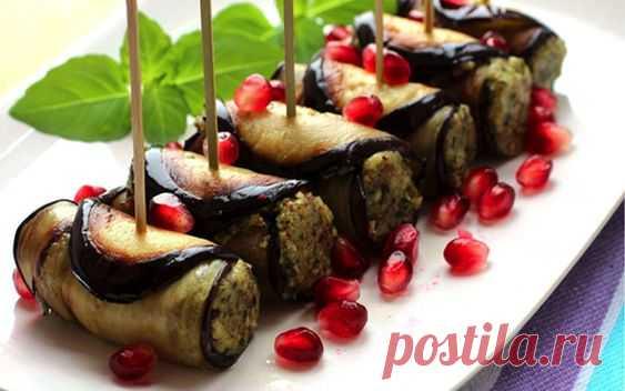 Грузинская кухня славится своими восхитительными блюдами и отличными закусками. Рецепты их блюд передаются из поколения в поколение и содержат большое количество зелени, пряности и трав. А еще…