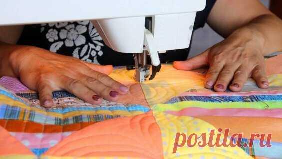 Как простегать одеяло? Стежка на швейной машине для начинающих (от начала и до конца) - Яндекс.Видео