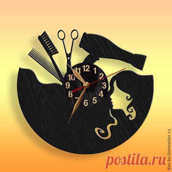 Часы из акрилового стекла Парикмахер – купить в интернет-магазине на Ярмарке Мастеров с доставкой Часы из акрилового стекла Парикмахер - купить или заказать в интернет-магазине на Ярмарке Мастеров | Оригинальные часы для тех, кто занимается…
