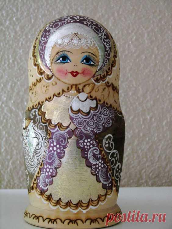 (262) Lavender Matryoshka | Russian handycrafts