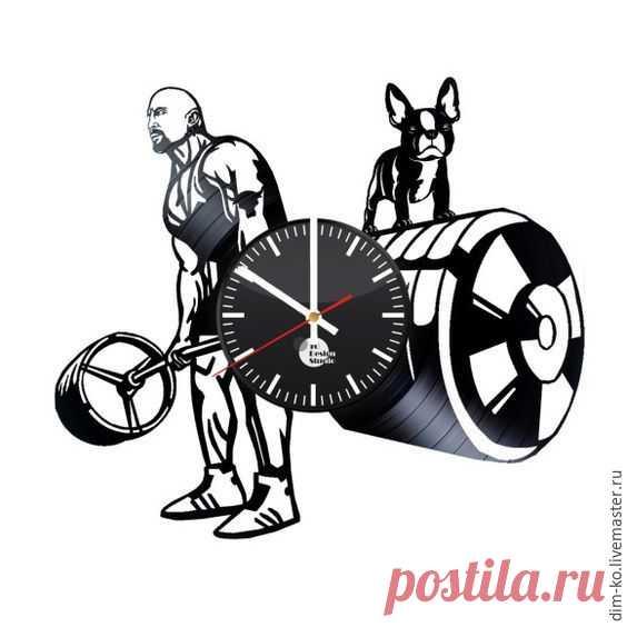 Часы настенные из пластинки Спорт – купить в интернет-магазине на Ярмарке Мастеров с доставкой Часы настенные из пластинки Спорт - купить или заказать в интернет-магазине на Ярмарке Мастеров | Часы изготовлены из старых виниловых пластинок.