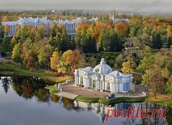 Catherine Park in Pushkin, St. Petersburg \/ \u000d\u000aSource: aleksandrpetrosyan.com | Pinterest • World catalog of ideas