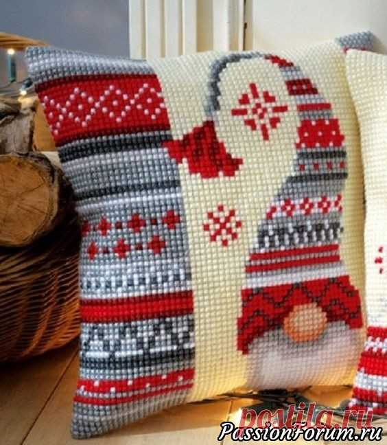 Christmas pillows - record of the user of vikanika (Victoria) in the community Embroidery in category of the Scheme of an embroidery a cross, an embroidery a cross