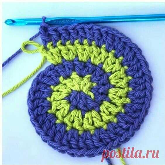 Вязание крючком по спирали. Завораживающее зрелище | Вязание длиною в жизнь | Яндекс Дзен