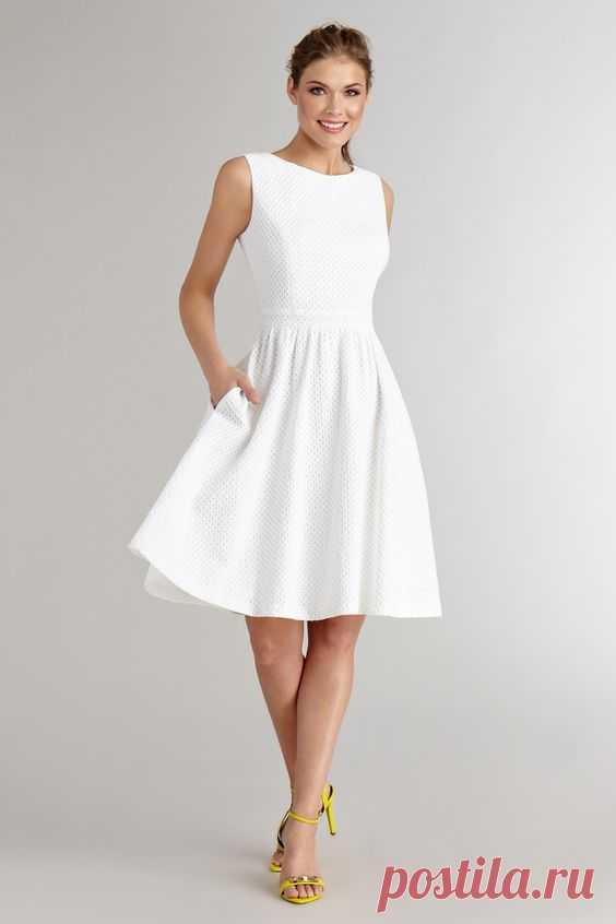 Белое платье - ничего лишнего. — Модно / Nemodno