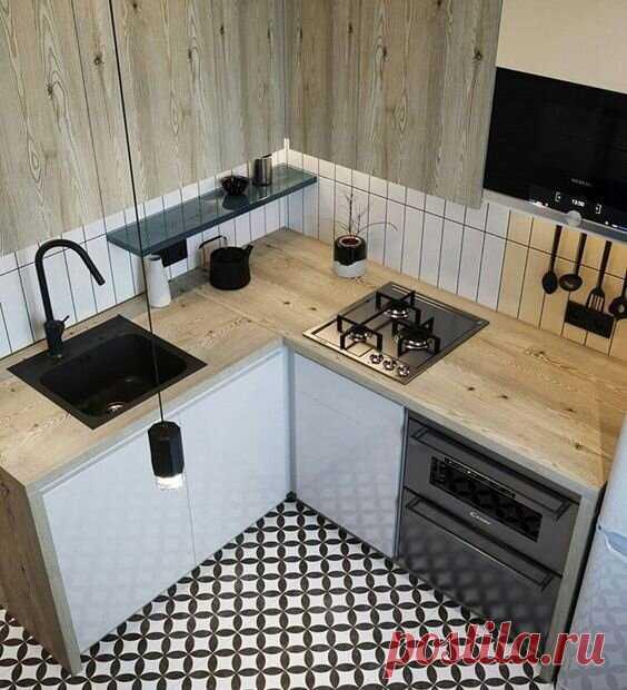 Лучший вариант планировки маленькой кухни в хрущёвке на 6.5 м². Сумели сделать всё грамотно и очень стильно. Увидеть бы раньше.   DESIGNER   Яндекс Дзен