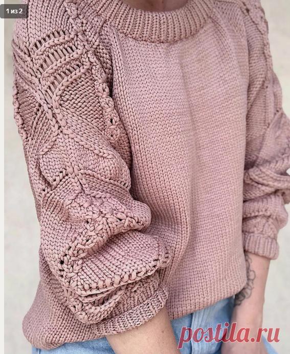 Пуловер спицами с японским узором на рукавах