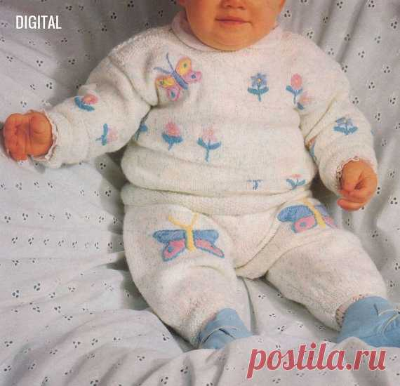 8d0554adee2c Vintage Knitting Pattern PDF to make Baby Bebe A Suit Flower ...