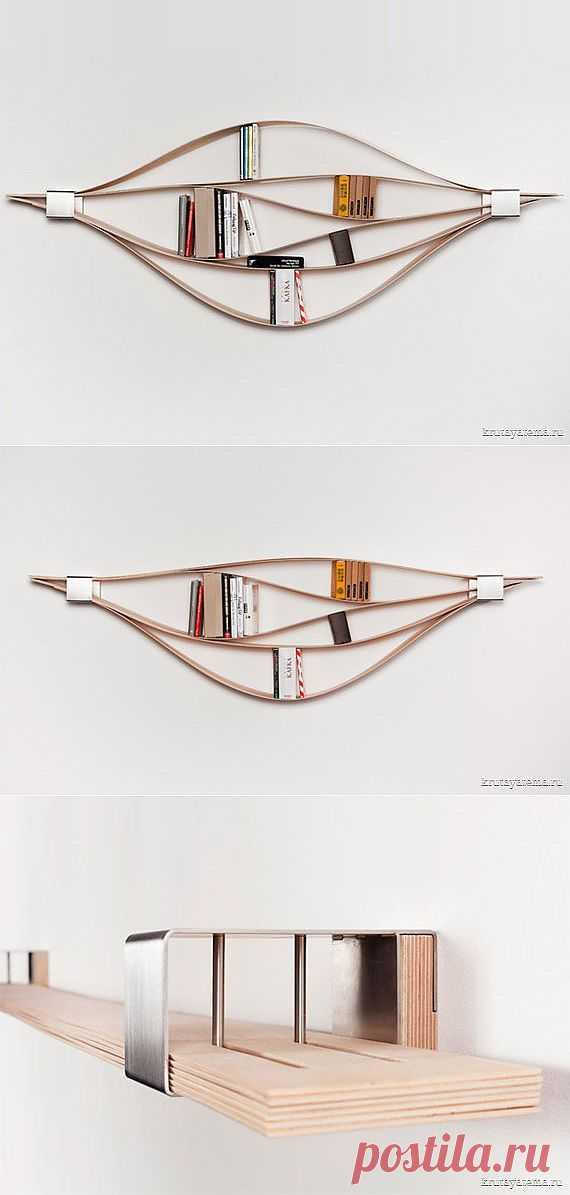 """СТЕЛЛАЖ """"CHUCK"""".Дизайнер Наташа Харра-Фришкорн (Natascha Harra-Frischkorn) представила концепт гибкого стеллажа Chuck. Конструкция состоит из 6 деревянных досок, которые произвольно комбинируются по усмотрению владельца."""