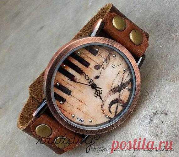 Часы-пианино - $15.99 USD