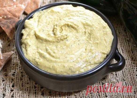 Хумус с печеным перцем поблано - Loveeat - социальная сеть кулинаров