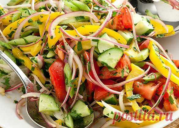 Selection of salads for weight loss and clarification.