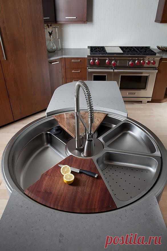 Вращающаяся раковина для кухни. Здесь всегда есть место помощникам.