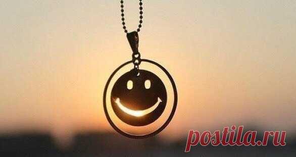 Пусть в жизни всегда будет момент для счастья, повод для улыбки и время для мечты.