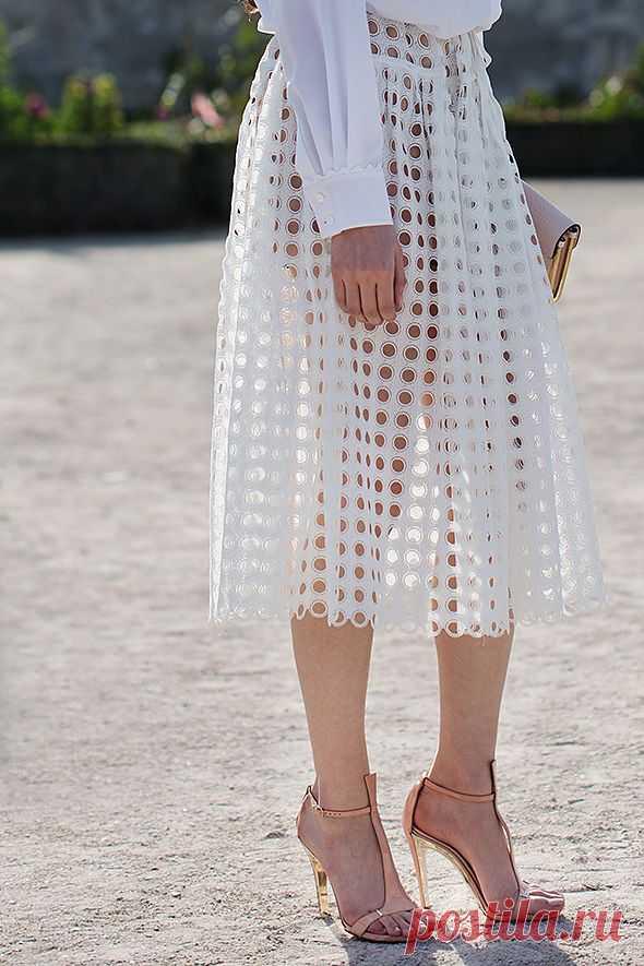 В дырочку / Юбки и их переделки / Модный сайт о стильной переделке одежды и интерьера
