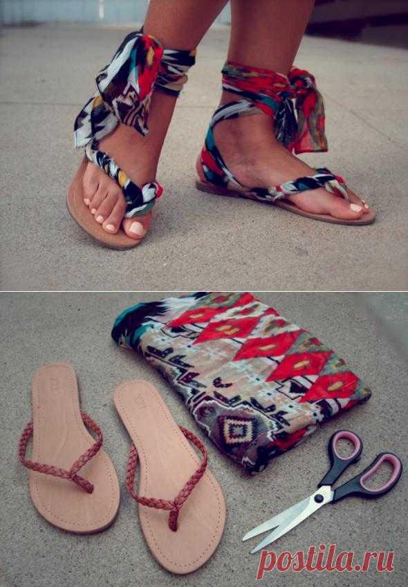 Украшаем сандалии. Оригинальное способ по превращению вьетнамок в красивые сандалии с использованием шарфа.