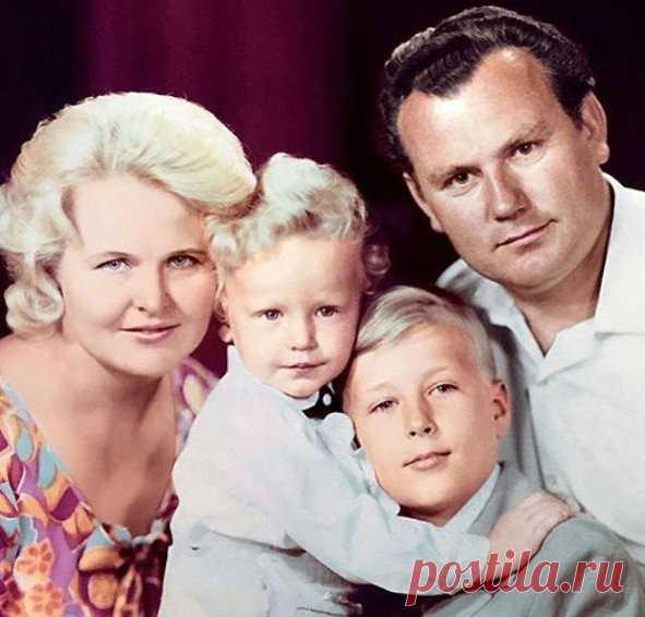 мастериц олег штефанко фото с женой и детьми инструкция монтажа плитки