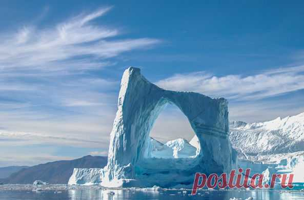 Артем Макаренко и Валерия Саенко обнаружили новый остров, который образовался у архипелага Новая Земля из-за таяния ледника