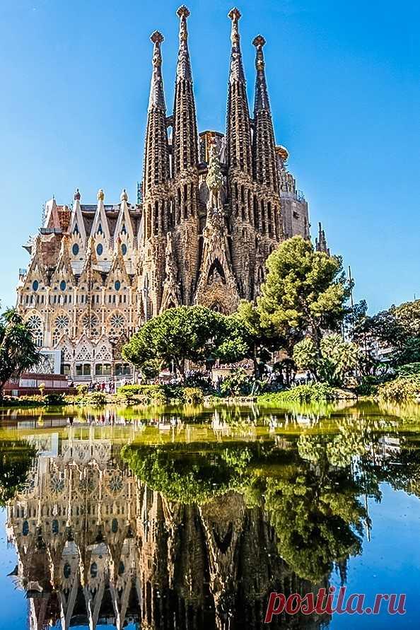 Путешествие по Барселоне от Гауди