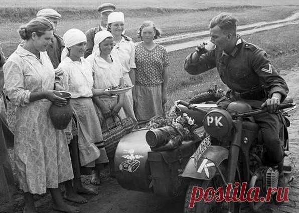 Как старообрядцы создали свое «государство» на оккупированной Гитлером территории Республика Зуева была формой старообрядческого самоуправления на оккупированной немцамитерритории. Зуевцы отбивались и от партизан, и от фашистов, и от эстонской полиции, но потом пошли на сотрудниче…