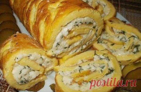 Рулет омлетный с плавленным сыром / Удивительная еда!
